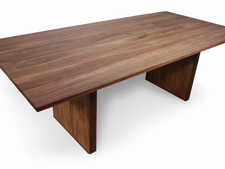 Dining table tasmanian blackwood